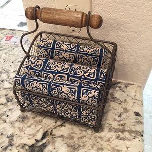 🆕 Metal & Wood Basket for Kitchen or Office